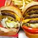 """漢堡界起爭議!In-N-Out狀告Smash Burger: """"它抄我""""!"""
