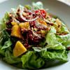 奶油生菜烤芒果沙拉 vs 香煎西瓜蟹肉沙拉