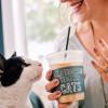 LA第一家喵星人咖啡館Crumbs & Whiskers公布了正式開幕日期