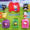 McDonald's 快樂兒童餐送 Hello Kitty 玩具囉!