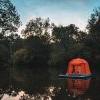 露营新概念:漂浮帐篷  廉价版的水上屋!