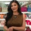 女生梦寐以求的包包天堂!Kylie Jenner拍片带你参观她的包包专属衣柜