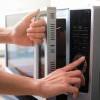 公司微波爐「這裡」最髒!?衛生人員建議每天需消潔