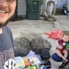 年轻情侣靠超市垃圾桶 养孩子又成功买房