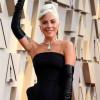 嚇!Lady Gaga演唱會急喊卡 「嘴含呼吸器」身體虛弱頻道歉