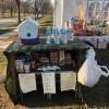 Wisconsin 一家人開設『庭院補給站』以為會瘋搶 結局好暖心