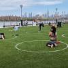 紐約公園地上畫白色圓圈保持防疫社交距離 網驚呼:根本人體停車場