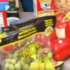 疫情下的食品購儲 賣場購物車哭哭