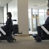 帮你保持社交距离 日本机场推动单人快捷车