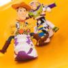 Reebok联名「玩具总动员」!让巴斯光年、胡迪警长变身潮鞋焦点