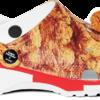 怪味創意不斷? KFC x Crocs 推出炸雞洞洞鞋讓你彷彿聞到陣陣炸雞香。