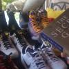 $375 低價拍賣得價值上萬的神秘寶藏儲物櫃!大批與 Kobe 相關的球衣球鞋重見天日~