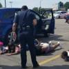 警察暴力影片瘋傳!被誤認開贓車 4非裔少女趴地又上銬