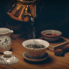 泡茶后的茶渣只能丢掉?茶专家:「茶渣」其实可以吃