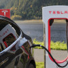 為衝年底交車量!? Tesla 送新車主3個月全自駕功能