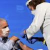 79岁防疫专家 Fauci 公开接种疫苗 呼吁让全美形成保护罩