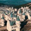 732棟迪士尼城堡成廢墟…土耳其「童話鬼鎮」讓他驚呼:走遍世界沒看過