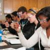 加州社區大學完成申請助學金的數量減少 校長 Oakley 敦促學生申請助學金