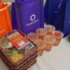 為醫護獻祝福!OneWest Bank 與哇靠攜手華人餐飲和幫幫忙基金會為 Beverly Hospital 醫護人員獻上數百份愛心午餐