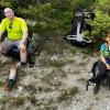 Google 地圖驚見詭異登山客照片 他面帶笑容看鏡頭…一旁是斷腿!