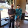 Starbucks 廁所誕生的孩子 18年後與「助產店員」重逢