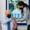 美國追加劑開打 拜登帶頭接種盼增信心