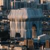 巴黎地標凱旋門全被包覆 故環境藝術大師構想實現
