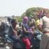 印度警察联手艺术家做「恐怖新冠头盔」 吓阻民众别外出