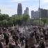 暴动扩大 警民冲突如战区 全美25城宵禁