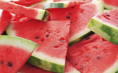 10-things-need-to-watch-out-when-eat-watermelon 2