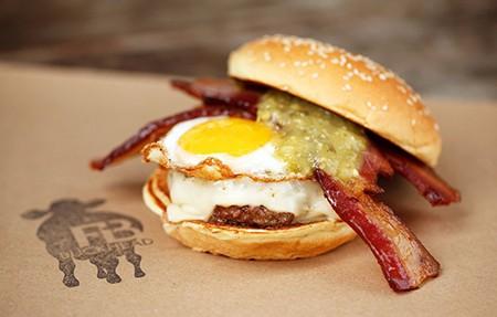 細數美國最具地區代表性的16款特色漢堡!小心流口水哦~