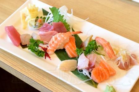 WaCow Toshi Sushi - 25