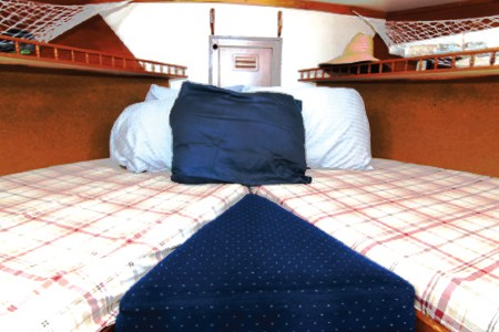 Boat and Bed LA 17
