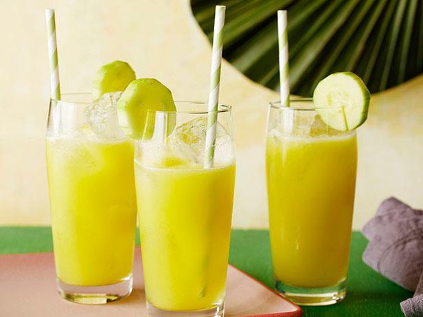 FN_Amanda-Freitag-Pineapple-Tequila-Cooler_s4x3.jpg.rend.snigalleryslide