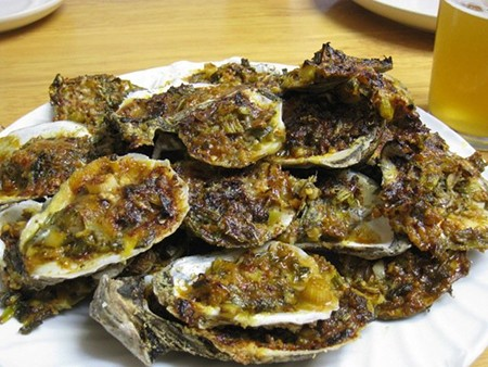Chargrilled_oysters