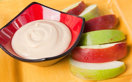 cream-cheese-dip-with-apples