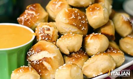 soft-pretzel-bites-in-30-minutes-2014FB-wide2