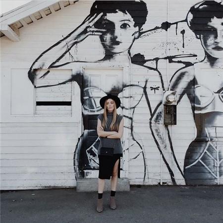 Mural behind Wylie Wilson boutique