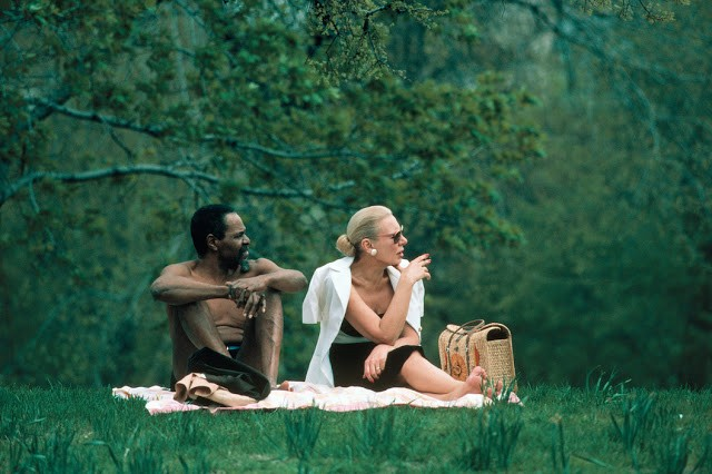USA. New York City. 1983. A mixed-race couple in Central Park.