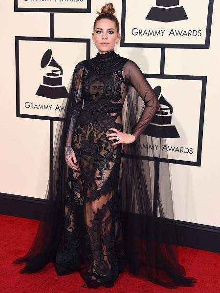 635911689269821055-AP-The-58th-Annual-Grammy-Awards---Arrivals (1)
