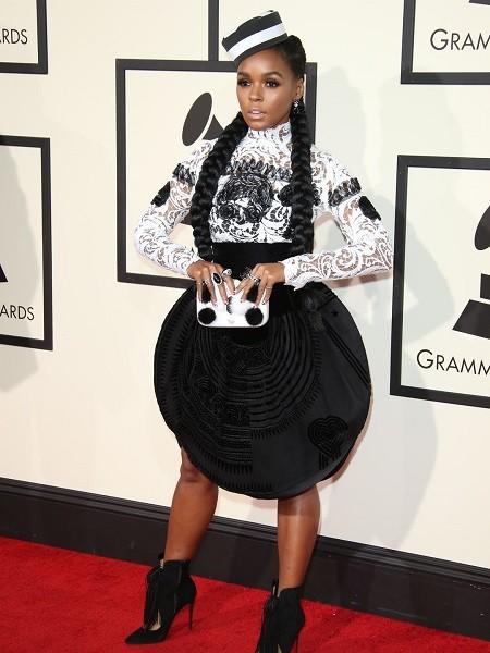 635911689332221855-XXX-Entertainment-58th-Grammy-Awards336