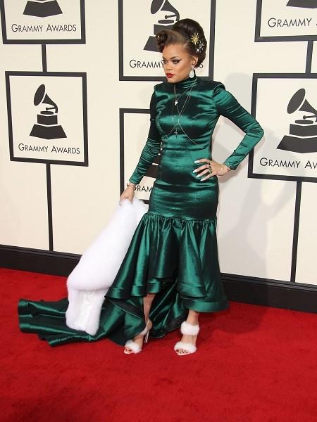 635911689346418037-XXX-Entertainment-58th-Grammy-Awards398