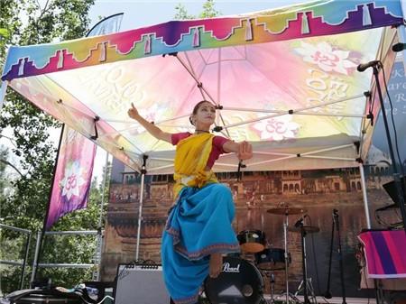 festival-of-color-2016-004