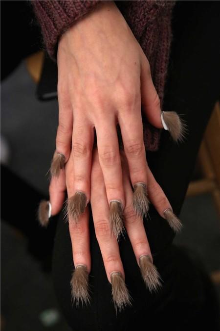 fur-nail-005