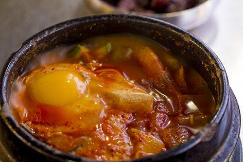 Soft Tofu Stew嫩豆腐燉湯