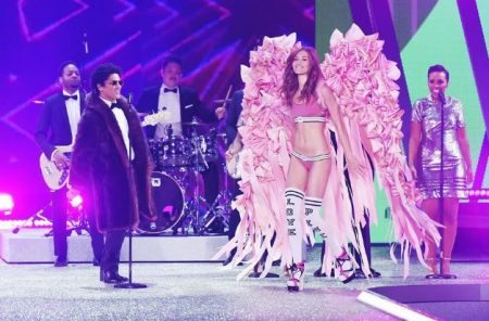 Bruno Mars Victoria Secret 1 billboard