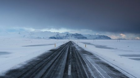winter-selfdrive-iceland