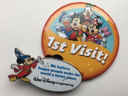 Original_DeanneRevel_DisneyButtons_ThemeParkHiddenGems