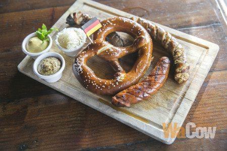 Gourmet Sauage Platter_03_1