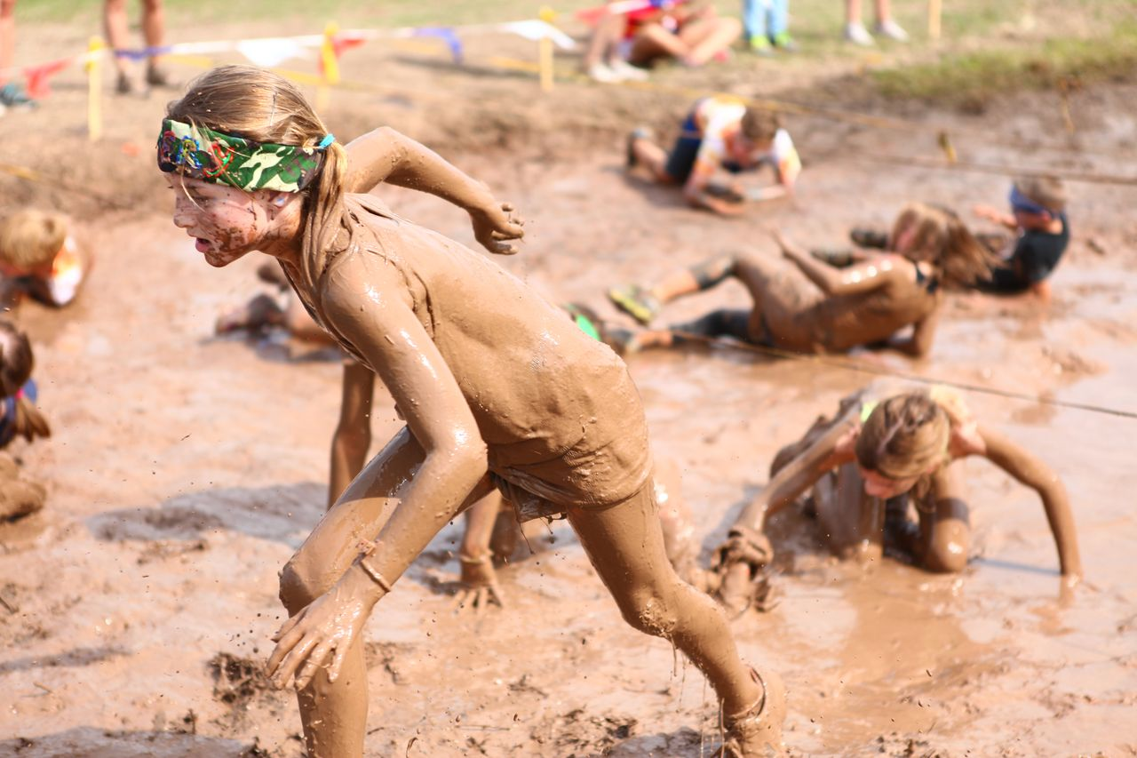 mud-run-nudity
